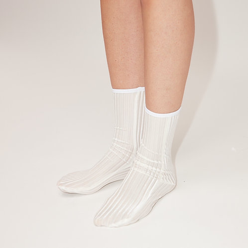 RIB Velvet Ankle SOCKS - white