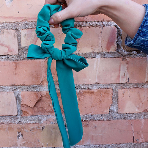 turquoise tied scrunchie