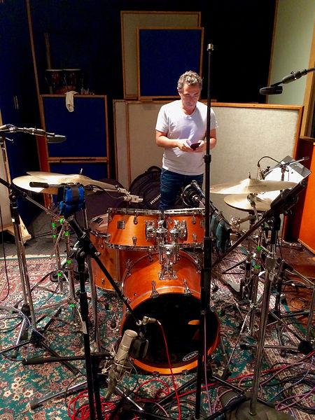 Drum mics Neumann u47 AKG D12 kick mics