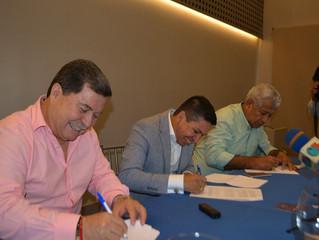 ALCALDES DE PASAJE, MACHALA Y EL GUABO FIRMARON CARTA DE INTENCIÓN DE MANCOMUNIDAD