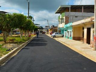 GAD de Pasaje ejecutó asfaltado de calle en la cdla. Miraflores.