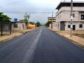 Continúa asfalto en calle Braulio Ríos