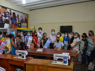GAD Pasaje realizó talleres de sastrería básica para emprendedoras.