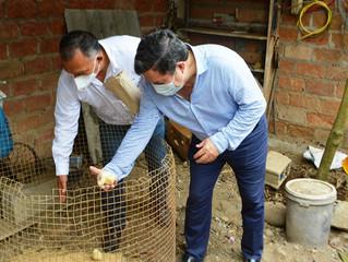 Alcalde y Prefecto promueven huertos  familiares