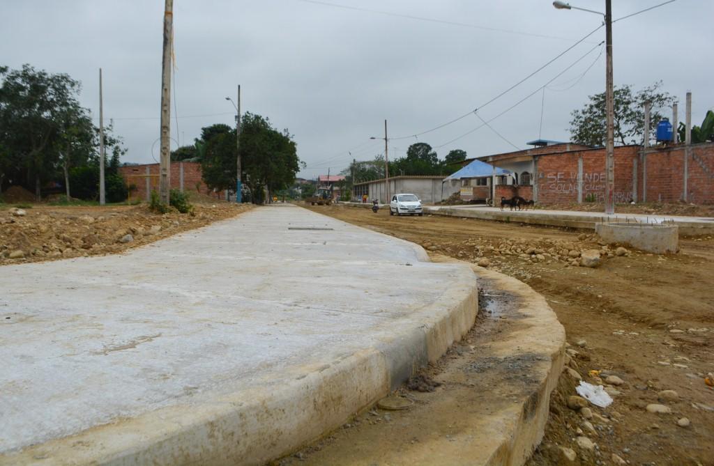 0001 CONSTRUCCION DE BORDILLOS Y ACERAS.