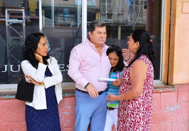 Alcalde César Encalada