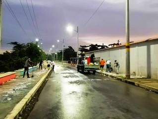 ALCALDÍA DE PASAJE REALZÓ LIMPIEZA DE ACERAS EN BARRIOS DE LA PARROQUIA BUENAVISTA