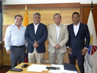 ALCALDE CÉSAR ENCALADA GESTIONÓ AMPLIACIÓN VÍA A BUENAVISTA Y EL GUABO–RÍO SIETE