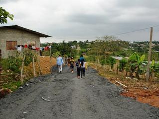Relleno y lastrado de calles en El Paraíso