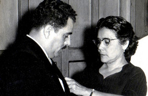 1959-Carmen-Gonzalez-de-Oramas-y-Dr.-Rod