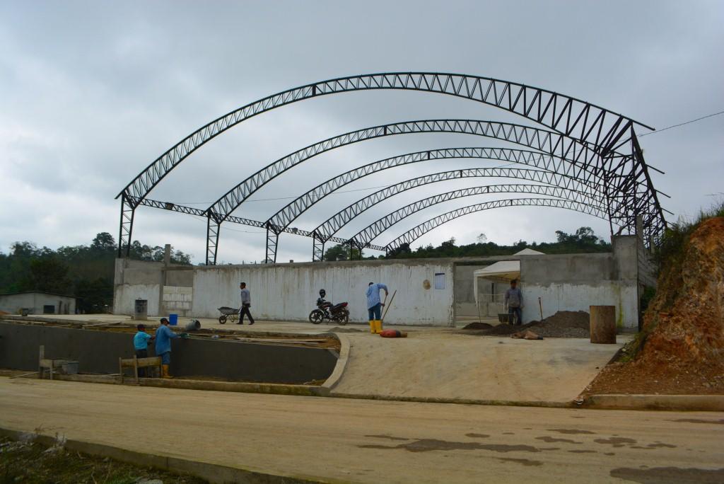 0001 AVANZA CONSTRUCCION DE COLISEO HUIZ