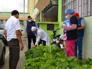Alcaldía de Pasaje entrega hortalizas a HSVP