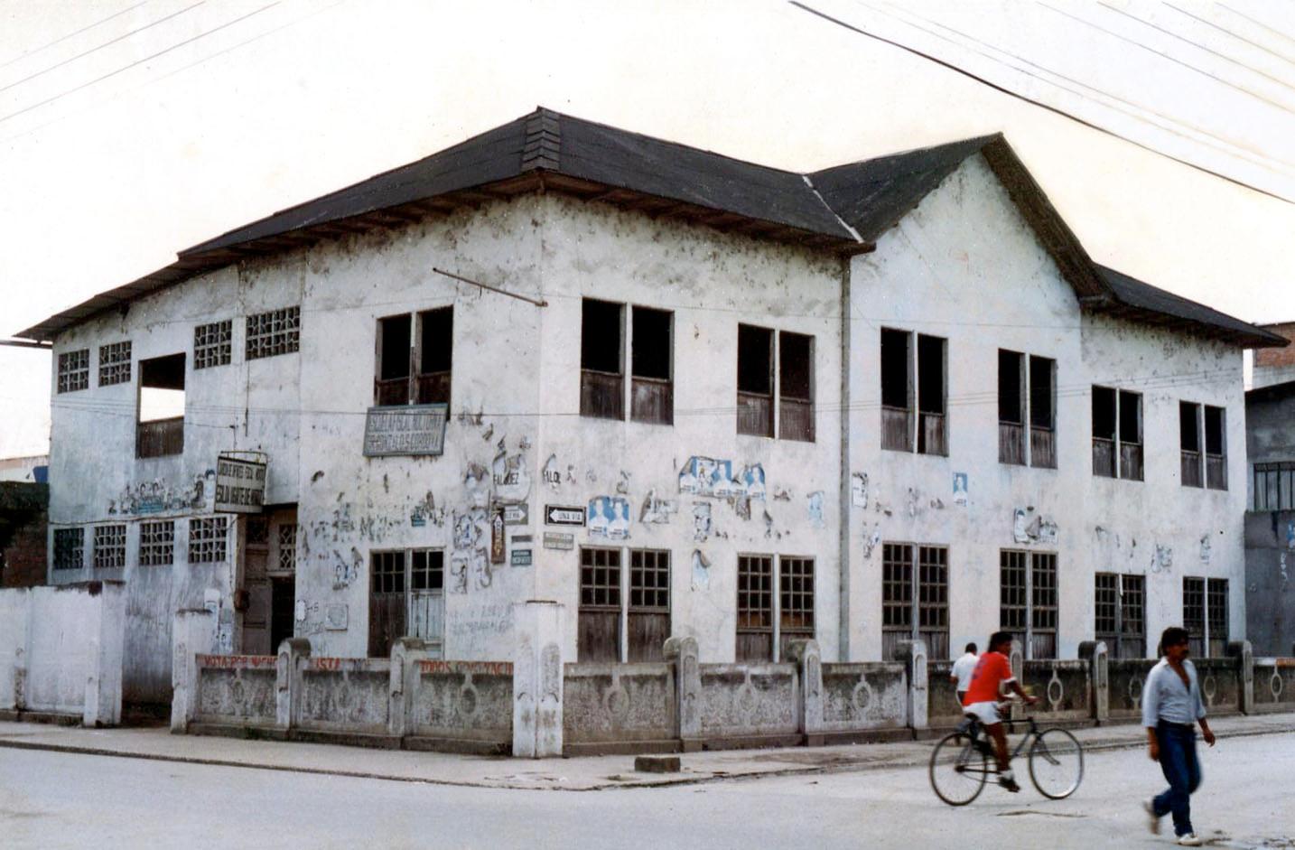 Escuela-Caledron.jpg