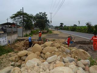 CONSTRUCCIÓN DE POZO DE REVISIÓN Y LIMPIEZA EN CANAL DE CANAL DE AGUAS LLUVIAS