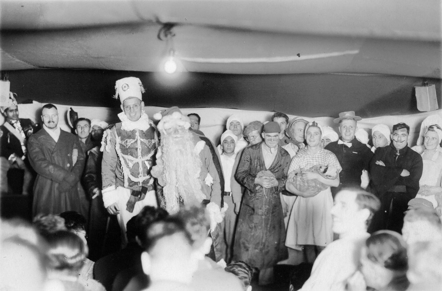 Christmas Concert 1, Muroran 1944