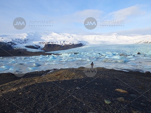 Alone @ Vatnajokull National Park