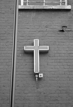 cross_03.jpg