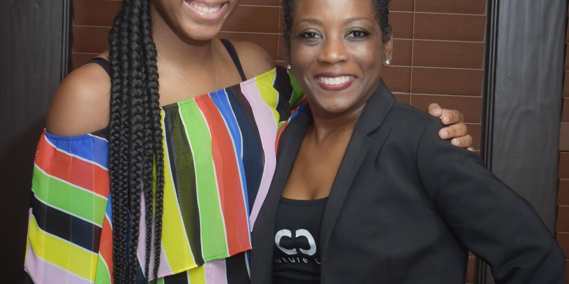 Couture Cares Scholarship Dinner_004.jpg
