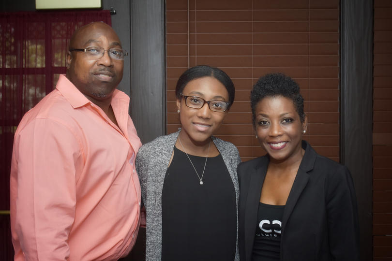 Couture Cares Scholarship Dinner_012.jpg