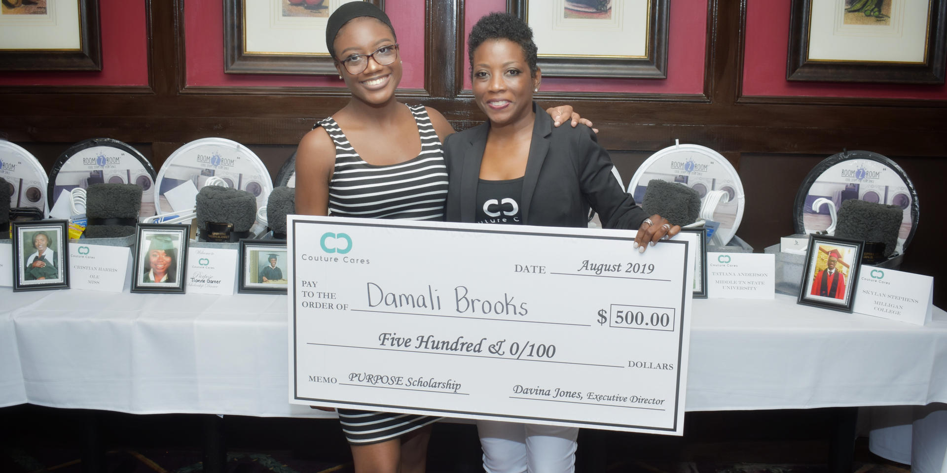 Couture Cares Scholarship Dinner_027.jpg