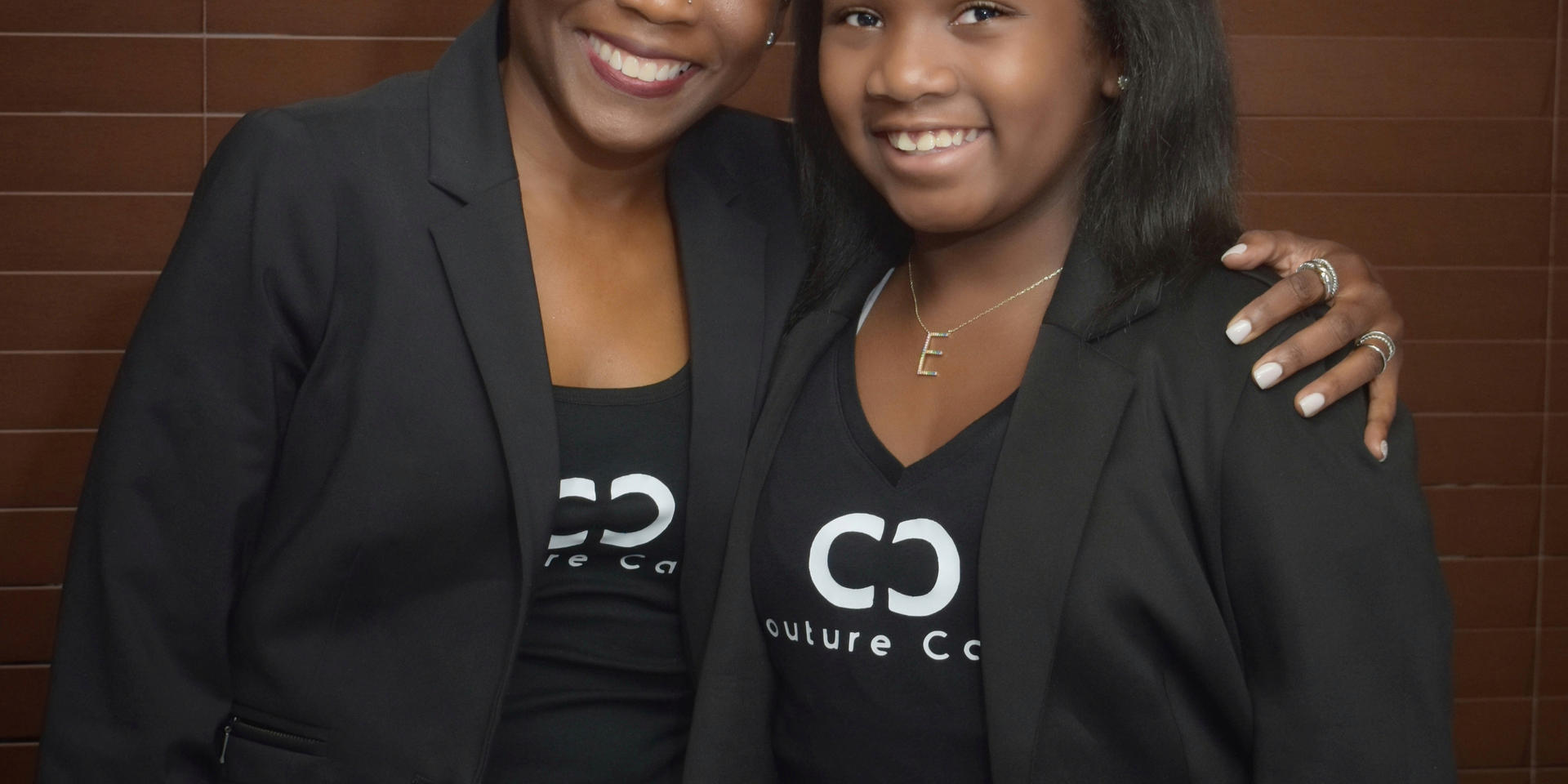 Couture Cares Scholarship Dinner_001-01.