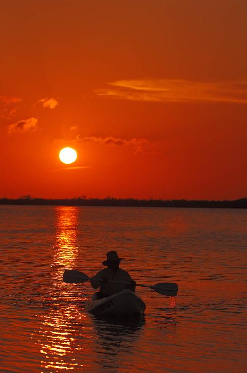 Kayak on the Yucatan B&C BECK Image 4-0722.JPG
