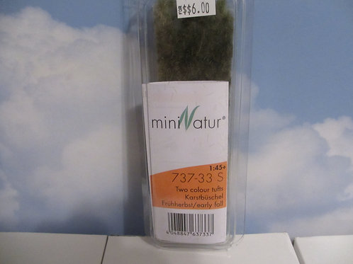 MiniNatur  Two Color Tufts  737-33
