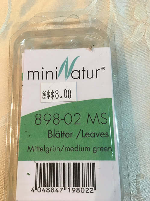 mini Natur medium green leaves 898-02