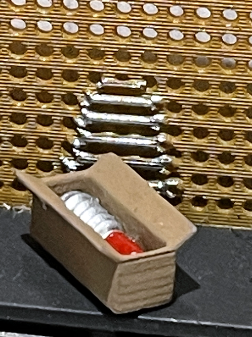 Box with Shock