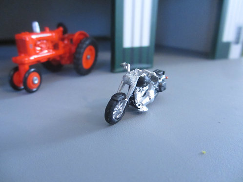 1/64 Motorcycle without windshield