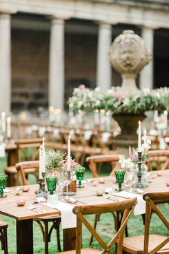 Organic & romantic tables