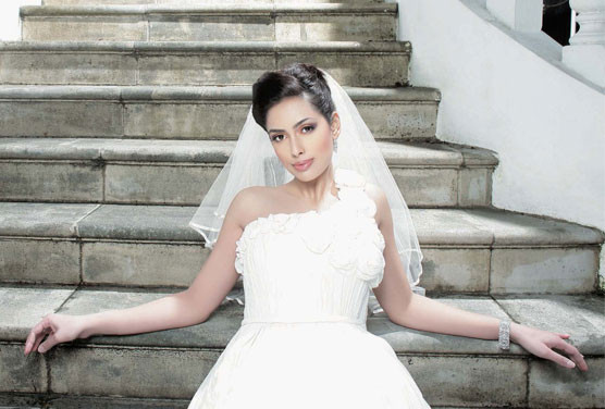 asiana-wedding-leading-lady.jpg