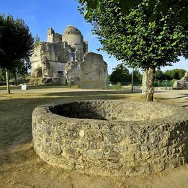 17MONTGUYON_chateau_1022.jpg