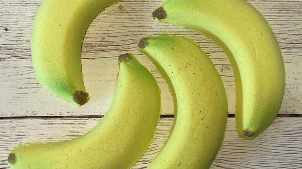 Banana Kiwi Bath Bomb