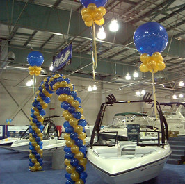 2 Cluster Balloon Kites
