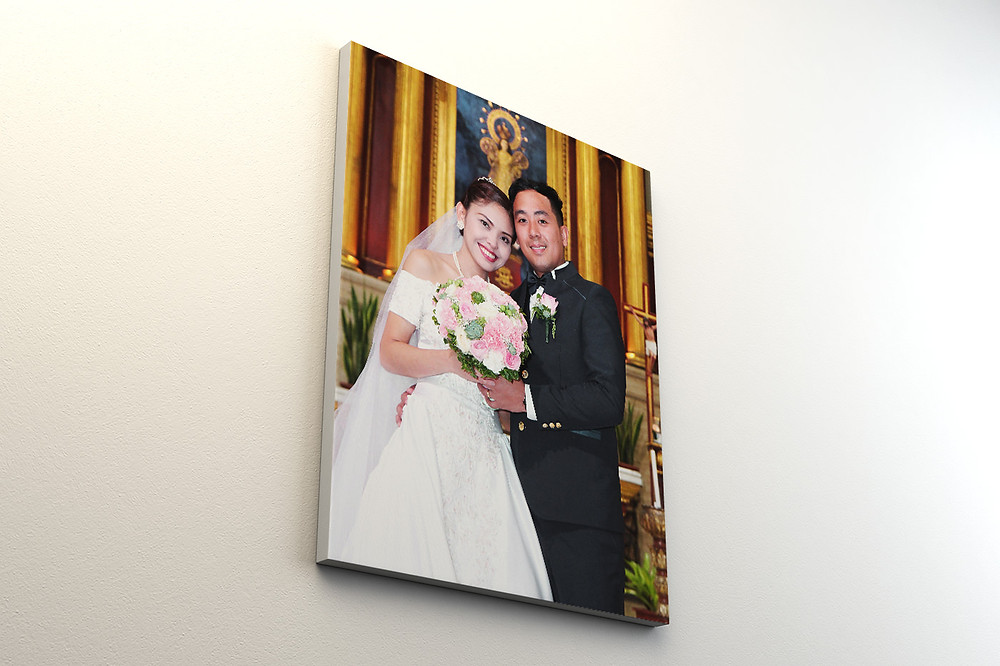 Newlywed pictured on Canvas print hanging on wall
