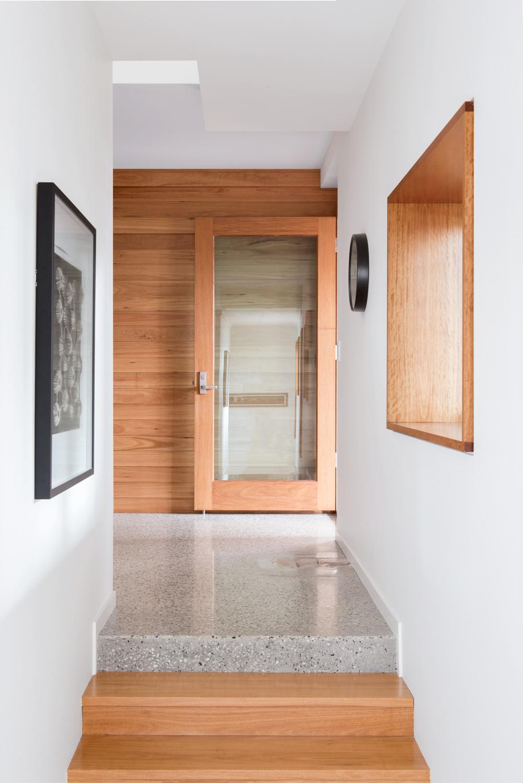 Picton Pde hallway.jpg