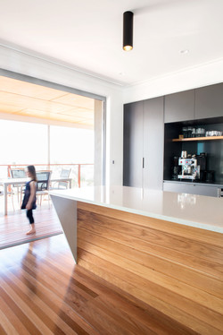 Picton Pde kitchen.jpg