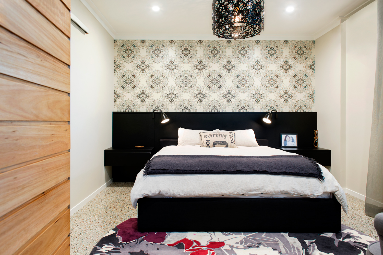 Picton Pde master bed.jpg