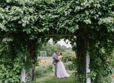 Quintessential barn wedding at King's Hill Inn & Barn