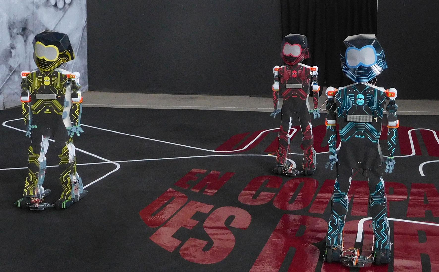 Utopies-en-compagnie-des-robots-ballet-c.