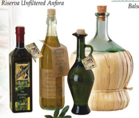 Olio di oliva extra vergine in bottiglie speciali