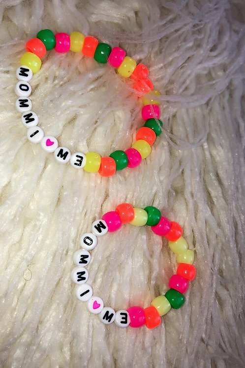 Mommi Loves Me Bracelet Set