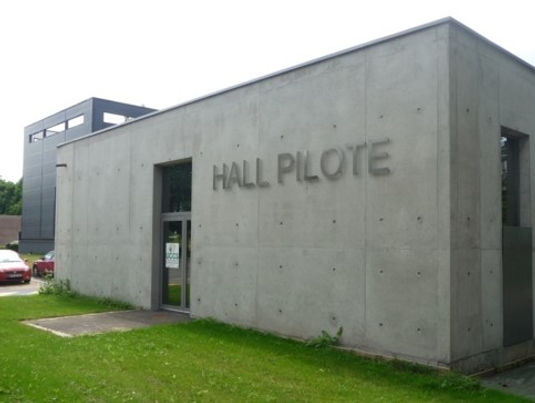 Pilot-Hall.jpg