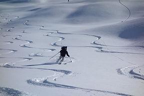 ski hors piste en montagnes ubaye, praloup, vars, sauze
