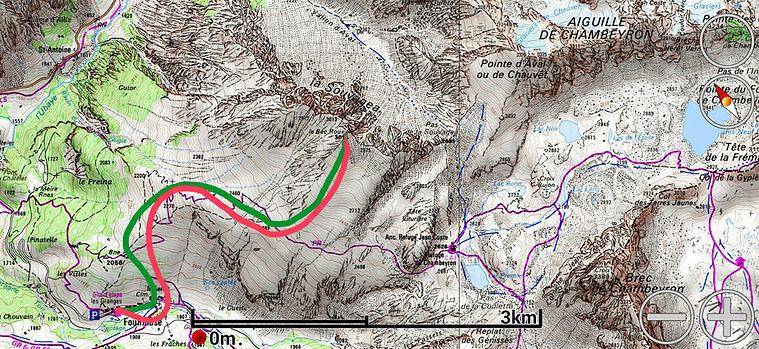 Idéal en ski de printamps, ou en poudreuse si on bascul dans le vallon d'Aval. Le Bec de la Sauvagea permet de faire une belle descente de plus de 1000m de dénivelé.