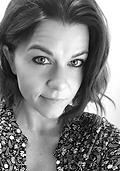 Christa Leigh Writer Bio Pic