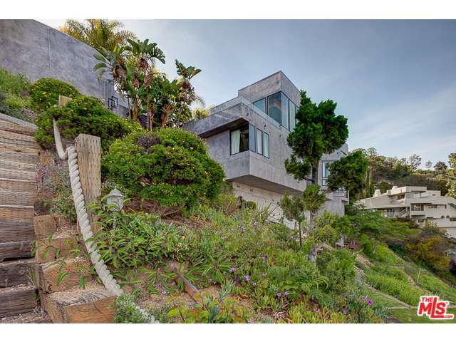 2231 Sunset Plaza Drive, Los Angeles