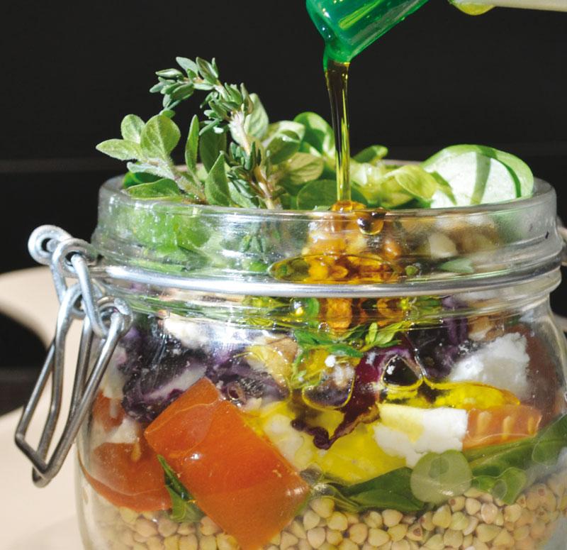 Vollwertiges Gericht im Rexglas