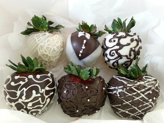 Chocolate Covered Strawberries (Assorted Designs)